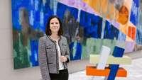 Porträtbild Dr. Susanne Gewinnus, Referatsleiterin Industrie | Forschung