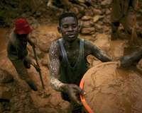 Konfliktmineralien: Goldschürfer im Kongo