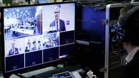 Video-Mischpult mit Einstellungen zu einer Pressekonferenz im DIHK